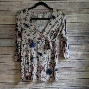 H&M Maternity Patterned Wrapover Top Flower Print
